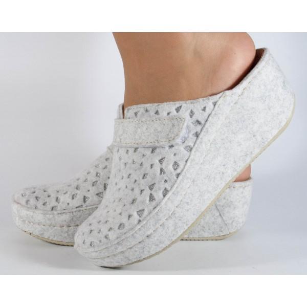 Papuci de casa MUBB albi din lana dama/dame/femei (cod 6623.1)